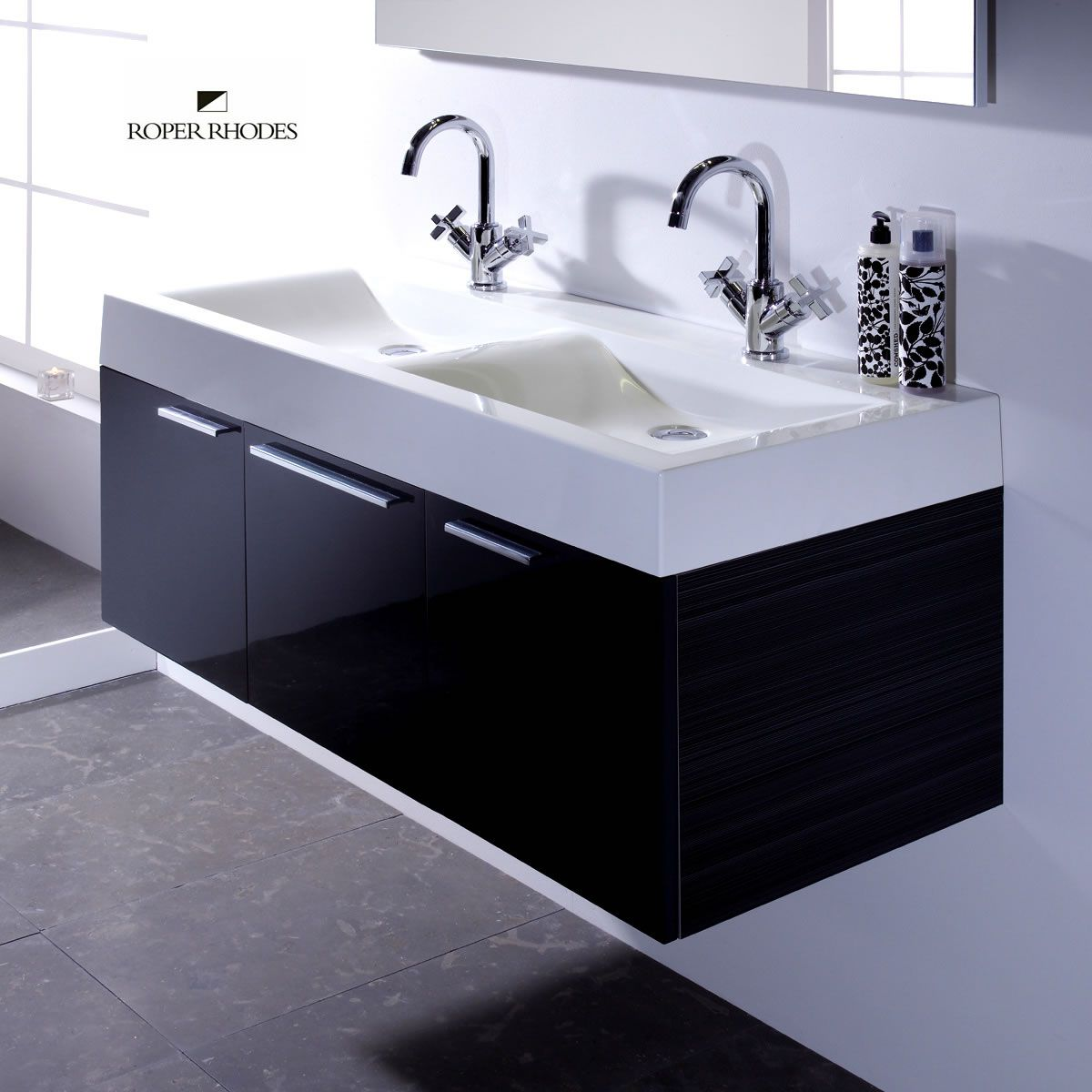 Black and White Double Floating Sinks